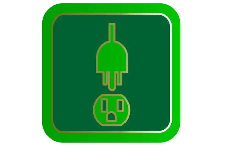 Green Power Outlet with Plug