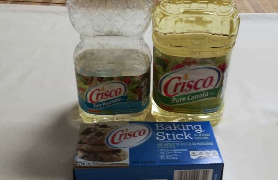 Crisco-Vegetable-Oil-Canola-Oil-and-a-Baking-Stick