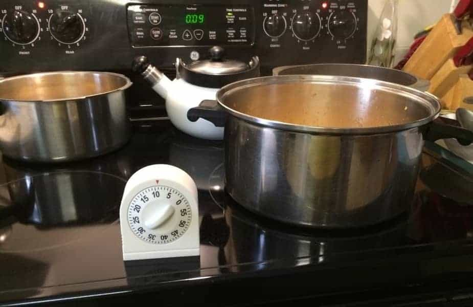 Jelly-Jam-Making-Pots-and-Timer