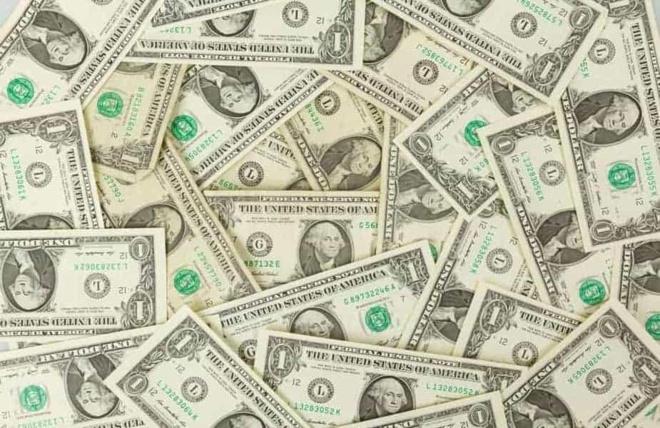 Pile-of-One-Dollar-Bills