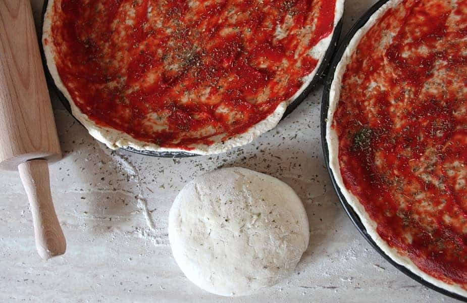 Sauced-Pizza-Crusts