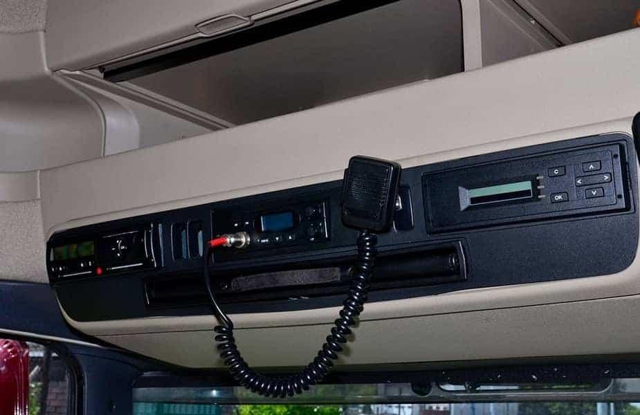 CB-Radio-in-a-Semi-Truck