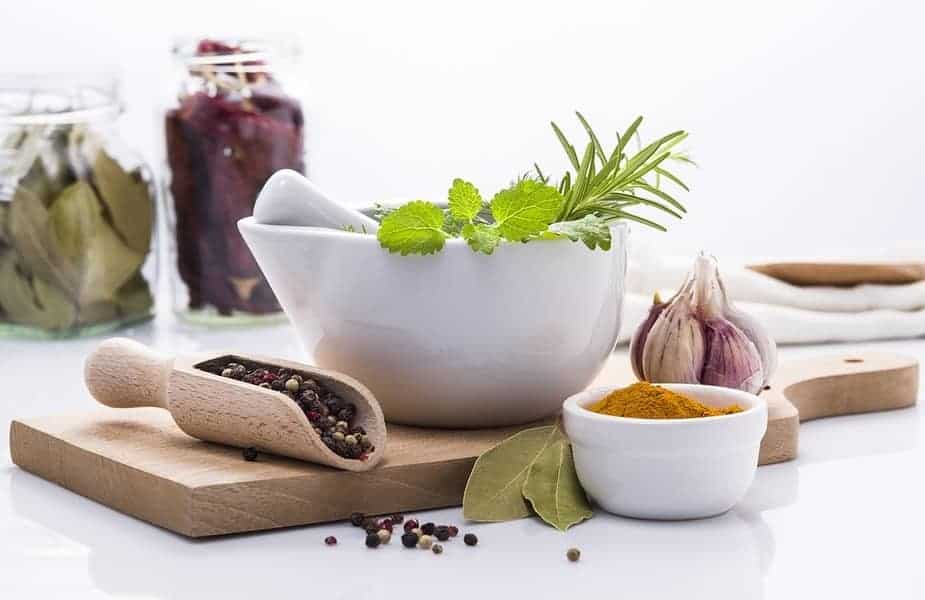 Fresh-and-Dried-Herbs-and-Spices